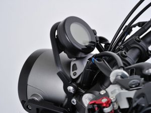 オススメパーツ「XSR700メーターステー」